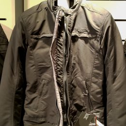 Bettney GTX Jacket